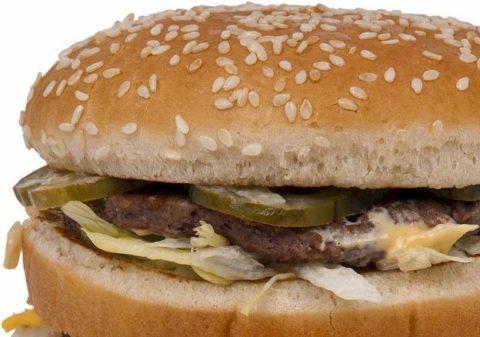 夜マックは太る?気になるカロリーと太る原因とは?