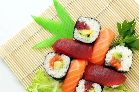 寿司は太る?太らない食べ方とダイエット効果まとめ!