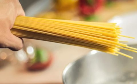 ペペロンチーノは太る?カロリーとダイエット効果を調査!